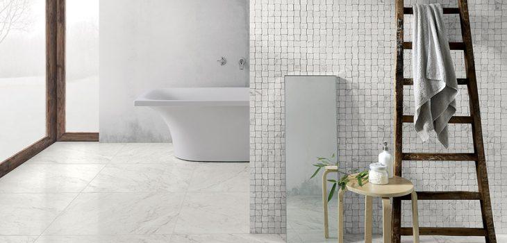 Ceramica-piastrelle-bagno_Coem_Marmi-Bianchi_Carrara-75x75_Mosaico-Intreccio3