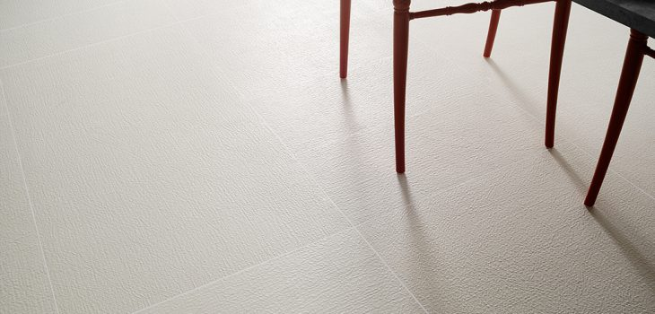 Pavimenti-interni_Ceramiche-Coem_Patchwork_White_Tex1-60x12060x6030x60
