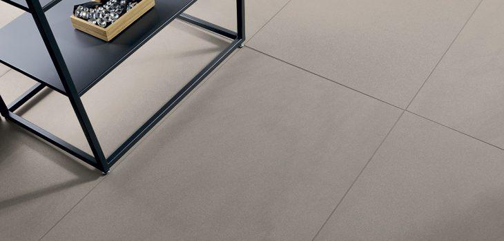 Pavimenti-interni_Ceramiche-Coem_Silver-Stone_Greige-Liscio-45x901