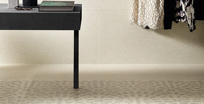 Pavimenti-pistrelle_Rivestimenti_Ceramiche-Coem_Terrazzo_Caolino-Mini-60x120_Tessere-60x60