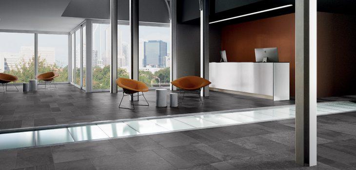 Pavimento-effetto-pietra_Ceramiche-Ceom_Ardesia-Mix_Antracite-75x75-375x75-1875x753