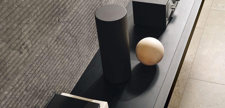pavimento-camera-da-letto_Ceramiche-Coem_Lagos_Ivory_Stripes-Concrete-30x60
