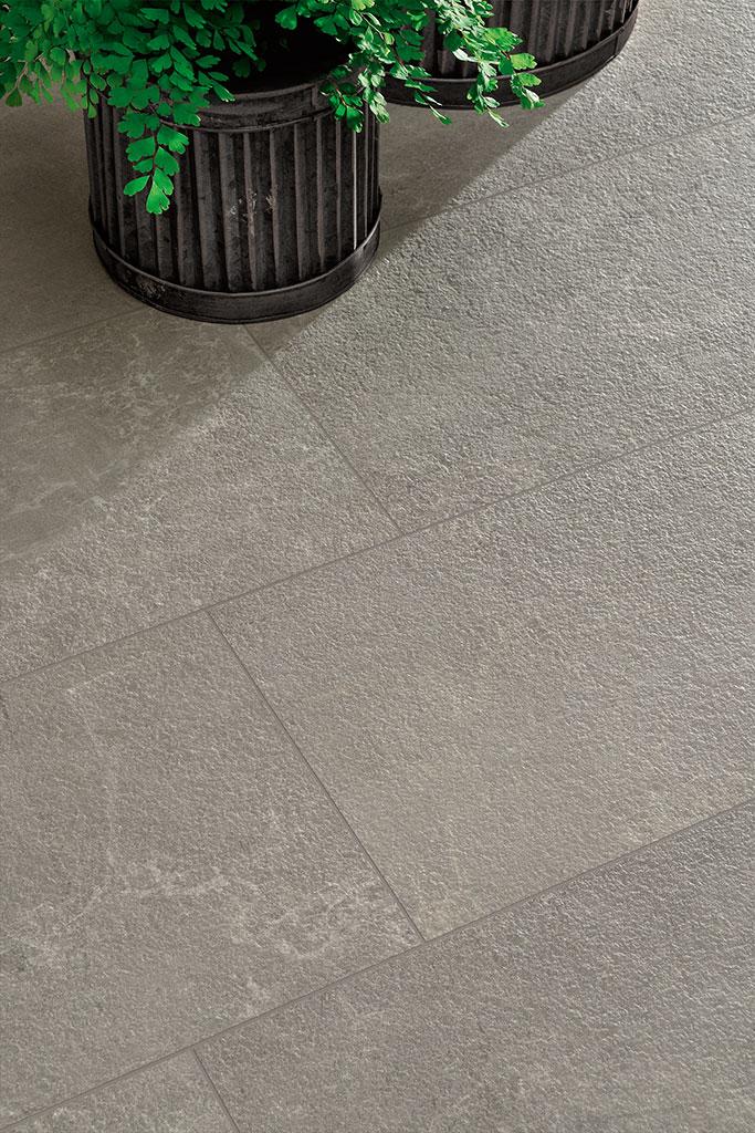 Ceramiche-Coem_Blendstone_Dark-Grey_piastrelle-da-esterno