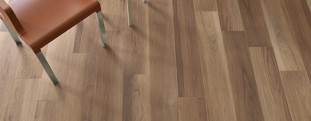 Gres-porcellanato-effetto-legno_Ceramiche-Coem_Habita_Noce3